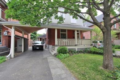 18 Thornton Avenue, Ottawa, Ontario K1S2R9
