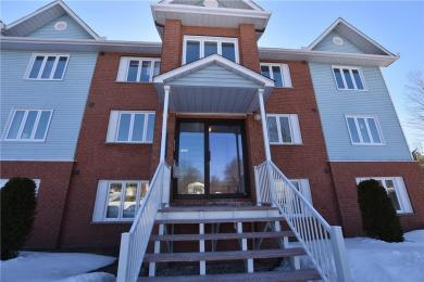 163 Edwards Street Unit#d3, Rockland, Ontario K4K1H9