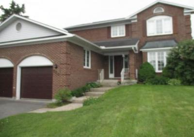 Photo of 186 Mcclellan Road, Ottawa, Ontario K2H9A2