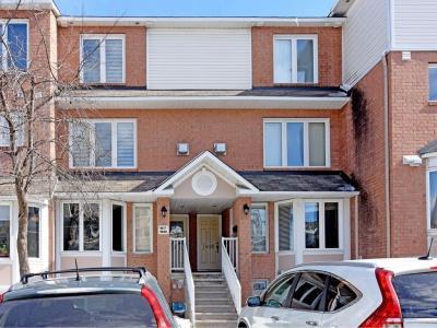 Photo of 1620 Locksley Lane, Ottawa, Ontario K1J1B6