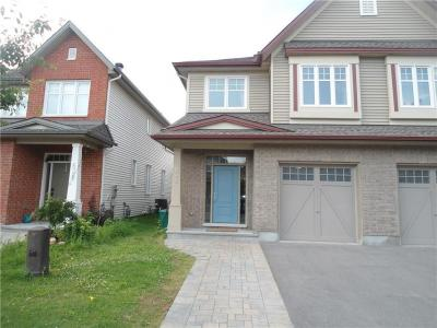Photo of 638 Moorpark Avenue, Ottawa, Ontario K2M0H8