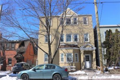 Photo of 673 Maclaren Street, Ottawa, Ontario K1R5L1