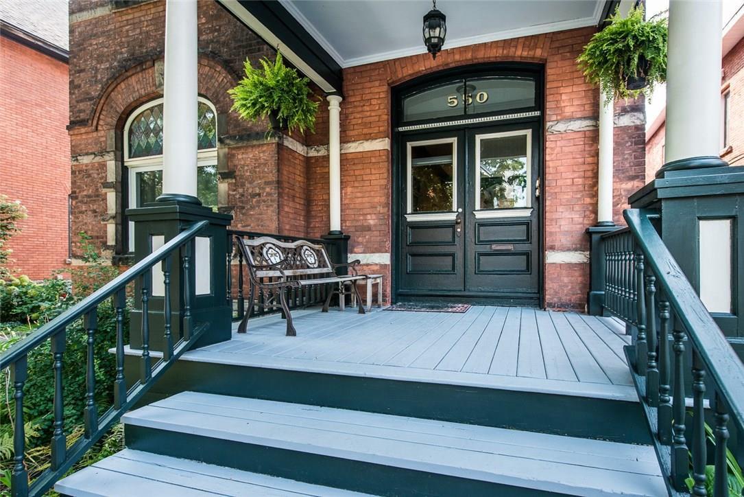 550 Gilmour Street, Ottawa, Ontario K1R5L5