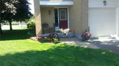 Photo of 1 Willwood Crescent, Ottawa, Ontario K2J4B2