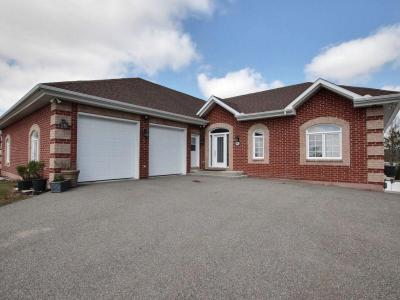 Photo of 441 Bay Road, Alfred, Ontario K0B1A0