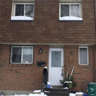 Photo of 44c Forester Crescent, Ottawa, Ontario K2H8Y3