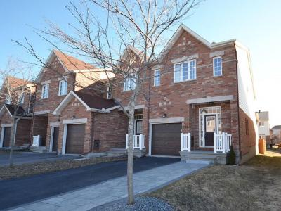 Photo of 570 Remnor Avenue, Kanata, Ontario K2T0A5
