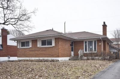 Photo of 1307 Albany Drive, Ottawa, Ontario K2C2L7