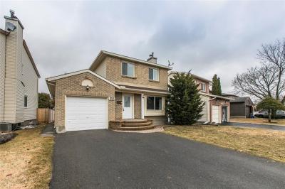 Photo of 353 Cottonwood Crescent, Ottawa, Ontario K1E2X5