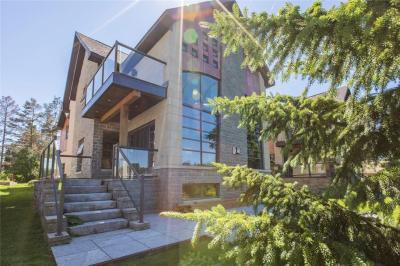 Photo of 5647 Herwig Place, Manotick, Ontario K4M1B3