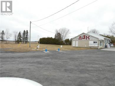 18249 - 43 Highway, Apple Hill, Ontario K0C1B0