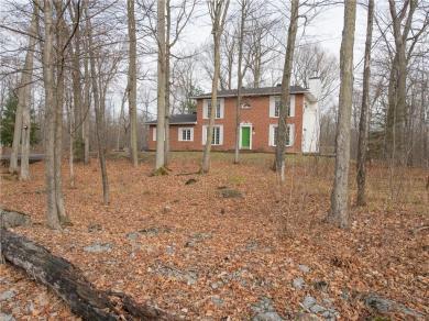 1540 Cumberland Ridge Drive, Cumberland, Ontario K4C1E1