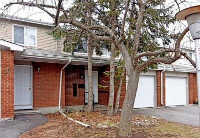 Photo of 2669 Southvale Crescent Unit#18, Ottawa, Ontario K1B4V2