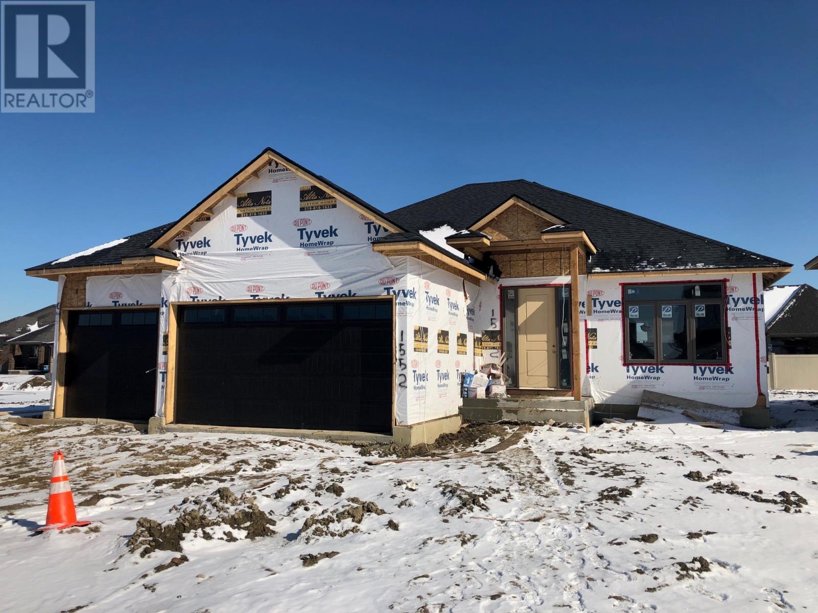 1552 Barkley Avenue Windsor, Ontario