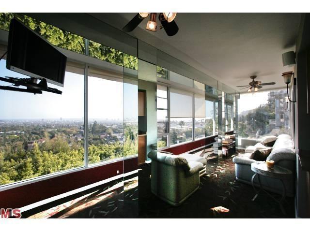 7866 Fareholm Drive, Los Angeles, CA 90046