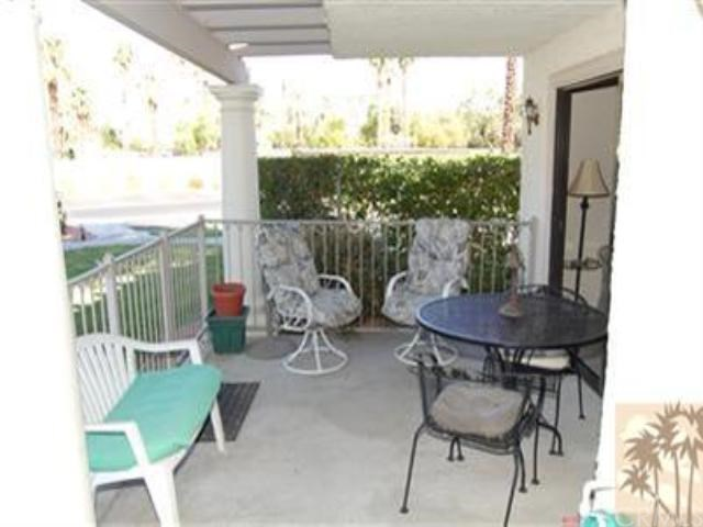 2001 E Camino Parocela, Palm Springs, CA 92264