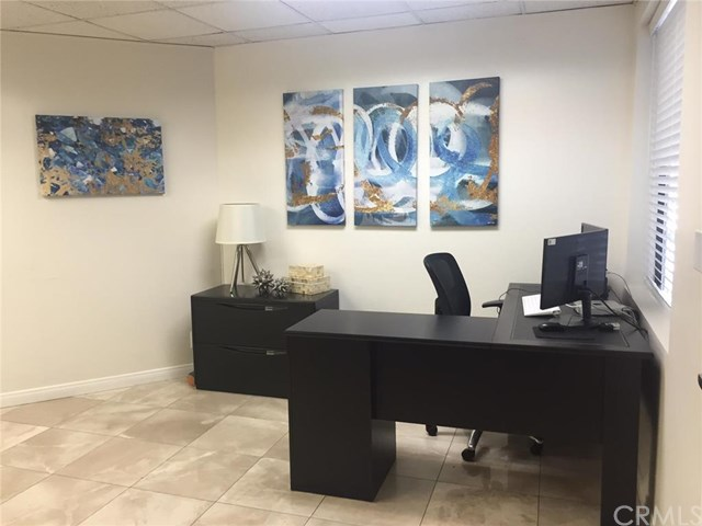 2900 Bristol Suite B100 Street, Costa Mesa, CA 92626