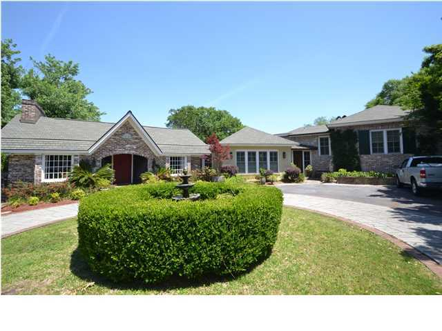 120 E Edgewater Drive, Charleston, SC 29407