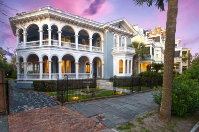 Photo of 26 S South Battery, Charleston, SC 29401