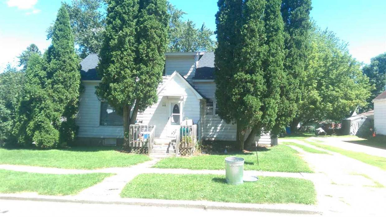 116 N West Street, Loyal, WI 54446