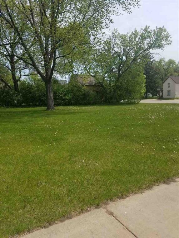 1440 W Grand Avenue, Wisconsin Rapids, WI 54495