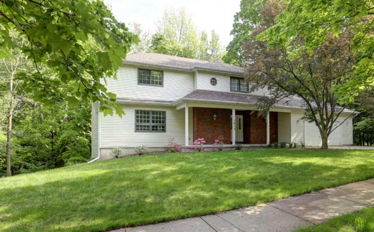 1812 Maple Hill Road, Wausau, WI 54403