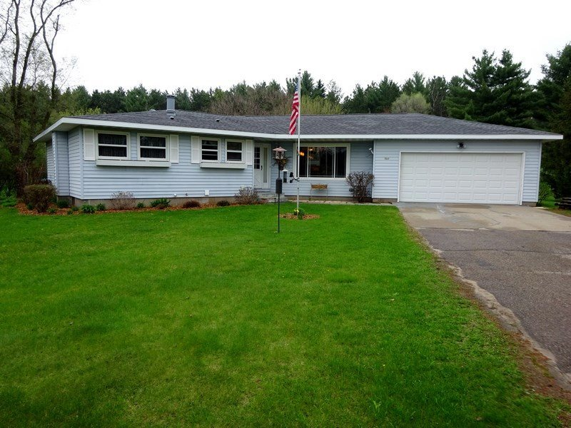 722 East Road, Plainfield, WI 54966