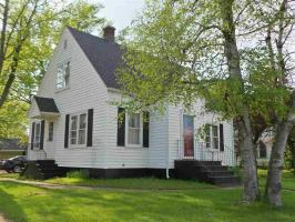 207 S 4th Street, Abbotsford, WI 54405