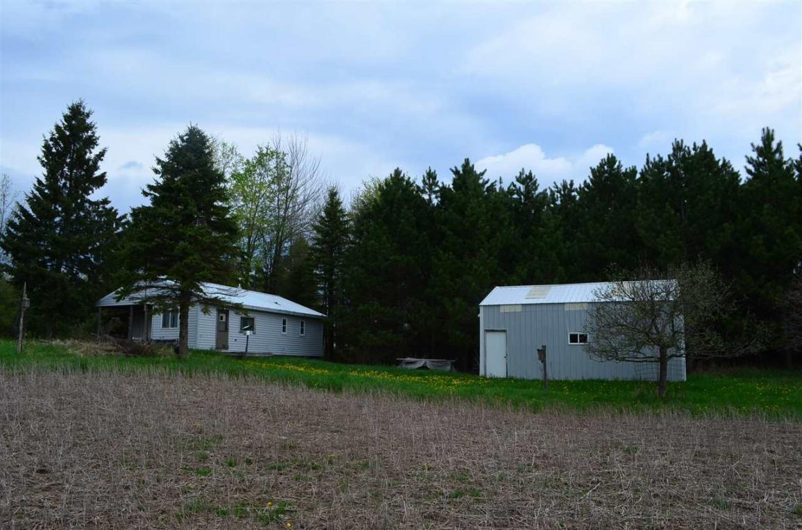 2297 Highway 8, Armstrong Creek, WI 54103