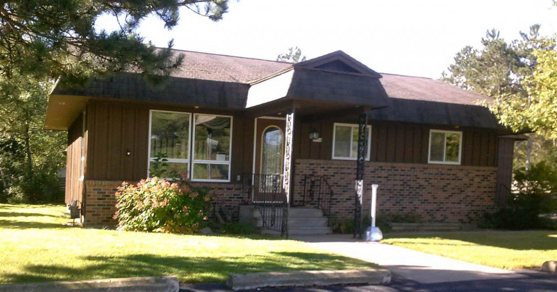 1020 W 4th Street, Mosinee, WI 54455