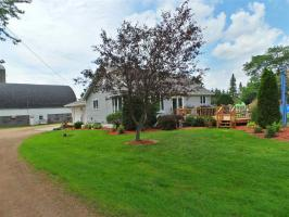 3796 Redwood Street, Fenwood, WI 54426
