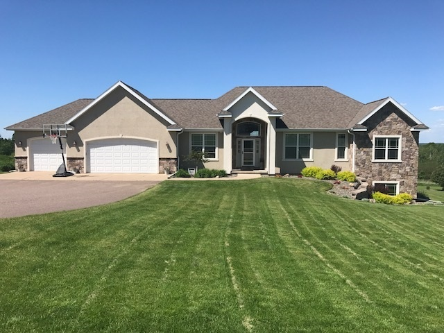 10600 Meadow Ridge Road, Wausau, WI 54401