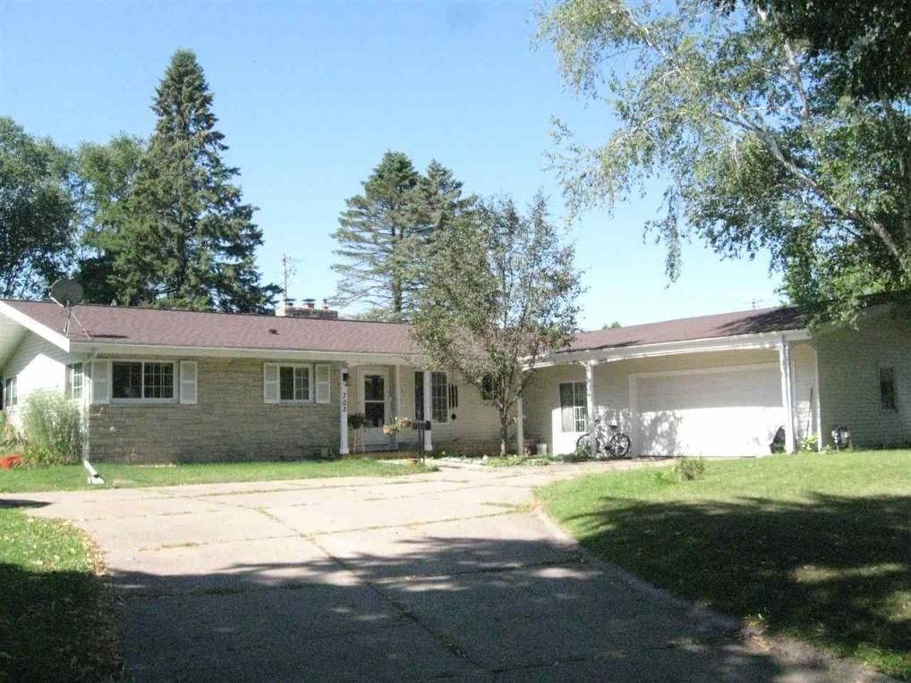702 Greenfield Avenue, Wausau, WI 54401