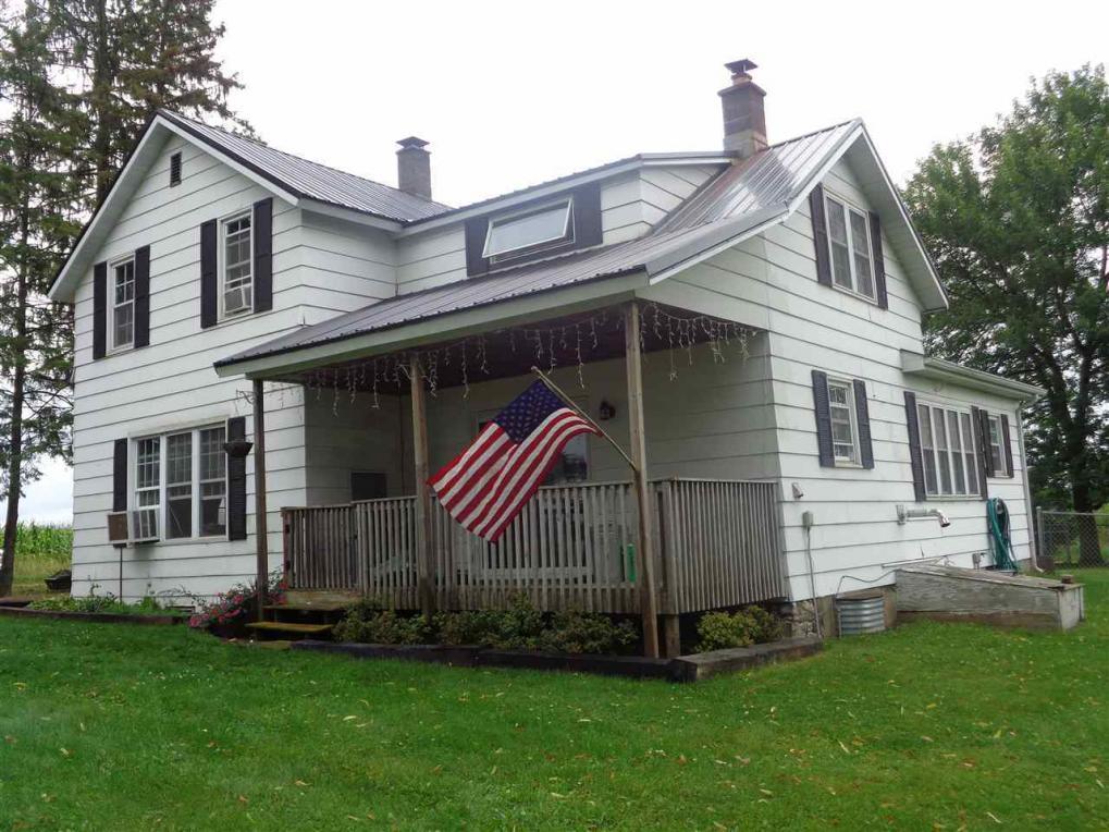 5967 County Road F, Dorchester, WI 54425