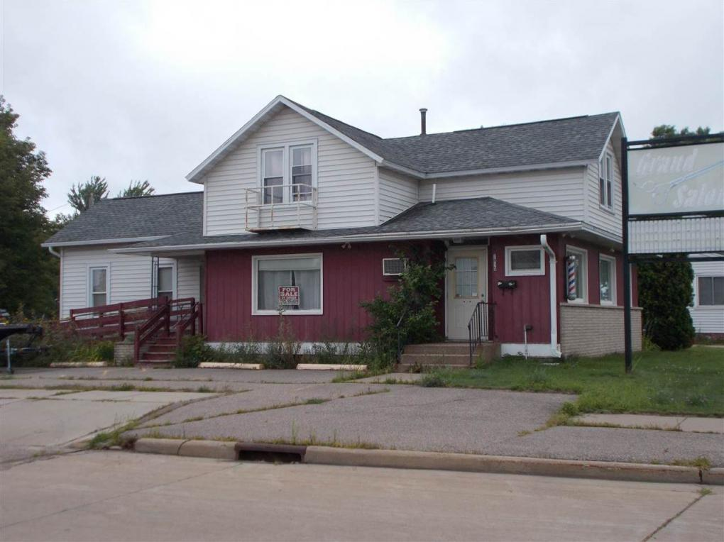 1911 W Grand Avenue, Wisconsin Rapids, WI 54495