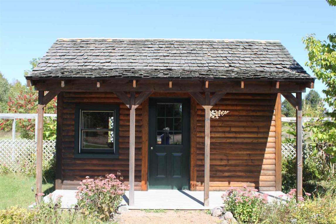 10386 E Tree Lake Road, Rosholt, WI 54473