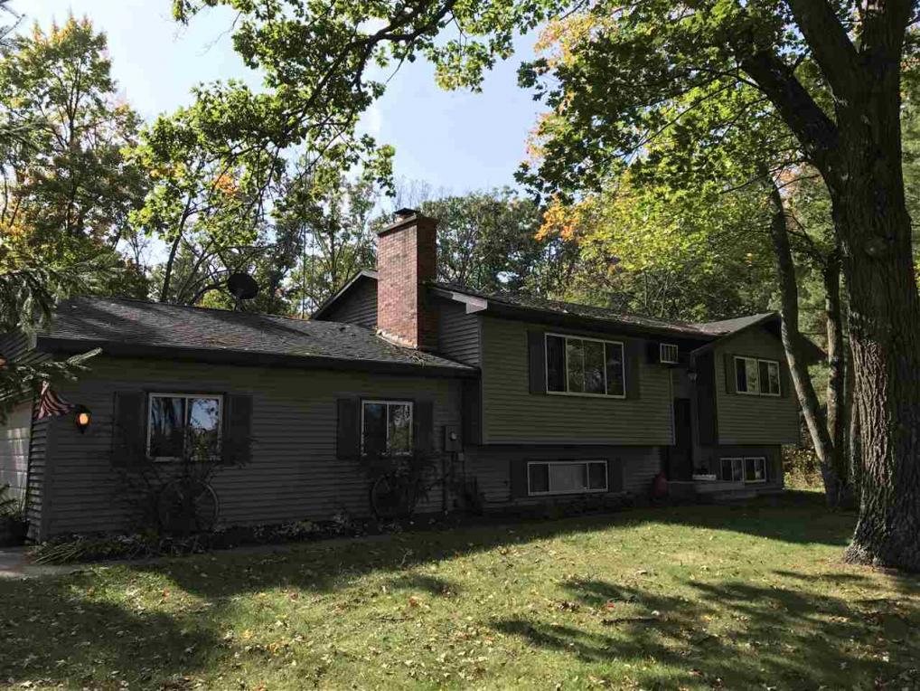 1319 County Road D, Bancroft, WI 54921