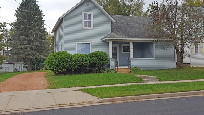 604 W Arnold Street, Marshfield, WI 54449