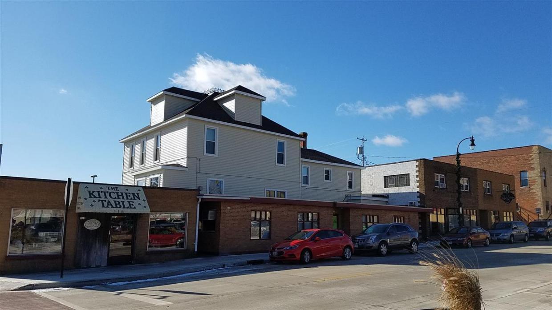 108-118 E 3rd Street, Marshfield, WI 54449