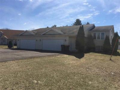 Photo of 1007-1009 Meadow Circle, Wausau, WI 54401