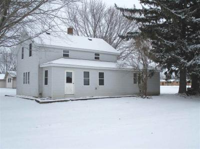 Photo of 138 N 4th Street, Dorchester, WI 54425