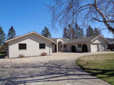 Photo of 407 E Conrad Drive, Medford, WI 54451