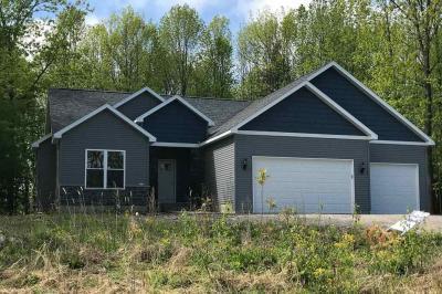 Photo of 785 Oakdale Lane, Kronenwetter, WI 54455
