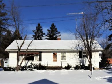 208 Duenow Street, Athens, WI 54411