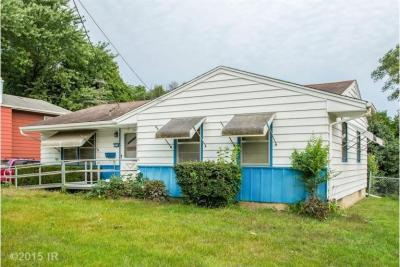 Photo of 2630 Wedgewood Road, Des Moines, IA 50317
