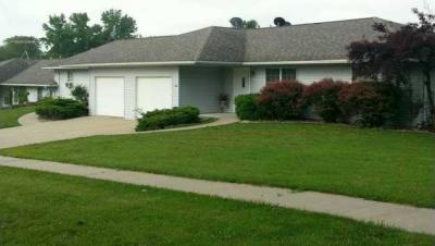 Photo of 1002 Streeter Street, Knoxville, IA 50138