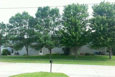 Photo of 1003 Gordon Drive, Knoxville, IA 50138