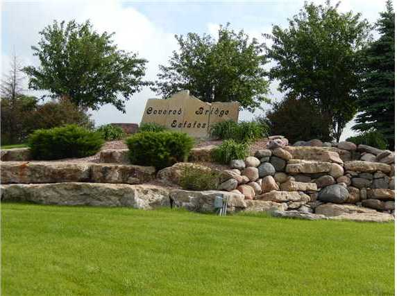 34 Covered Bridge Estates, Winterset, IA 50273