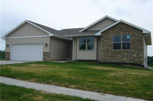 5379 Destiny Drive, Pleasant Hill, IA 50327