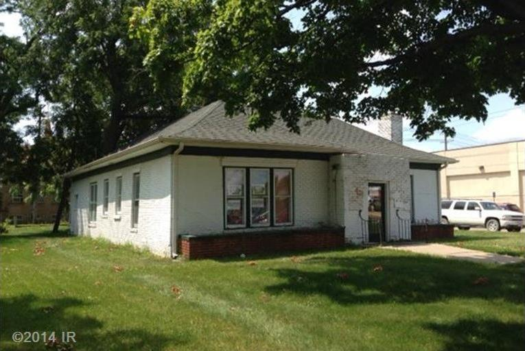 201 E Salem Avenue, Indianola, IA 50125